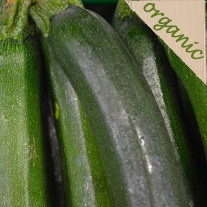 Zeds Organic Green/Yellow Courgette (local)- 1 medium or 2 small